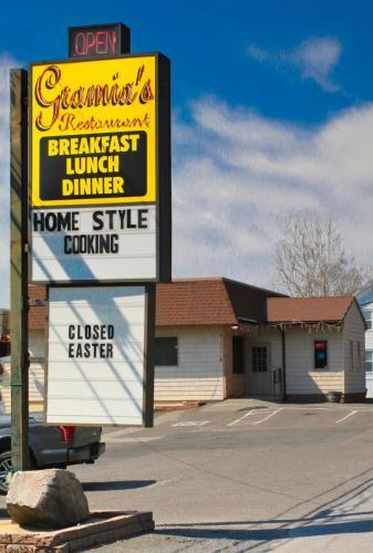 Gramia's Restaurant